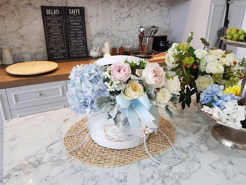 Round-flower-arrangement