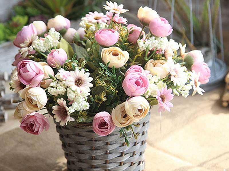 Complete-flower