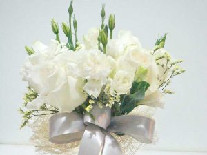 Flower-arrangement-pic