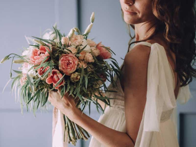 Make-bridal-bouquet-pic